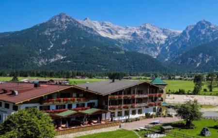 Strasserwirt - Reiturlaub und Familienurlaub in Tirol